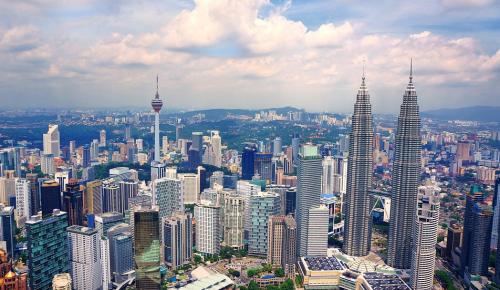 В Малайзии до 1 августа введено чрезвычайное положение из-за коронавируса
