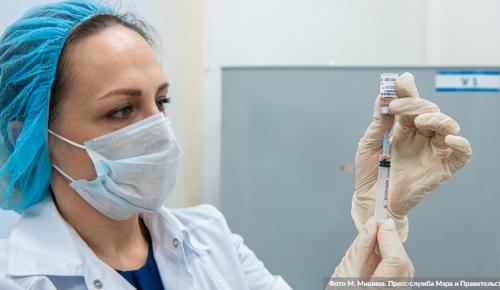 Худрук «Геликон-оперы» предложил разместить в театре мобильный пункт вакцинации