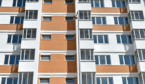 Два дома для обманутых дольщиков ввели в ЮЗАО в прошлом году