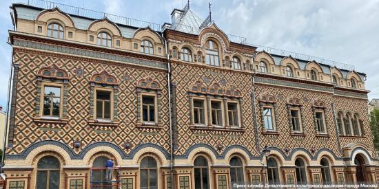Собянин: В этом году завершится реставрация более 100 памятников архитектуры