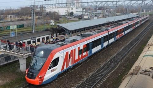 Дежурные сотрудники метро будут помогать пассажирам МЦД в Рождество