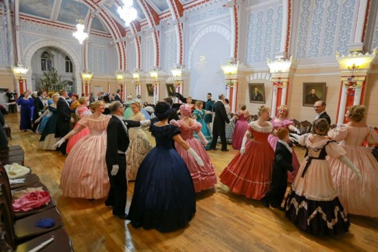 Участники студии «Ангаже» центра «Академический» провели ряд мероприятий в Крыму