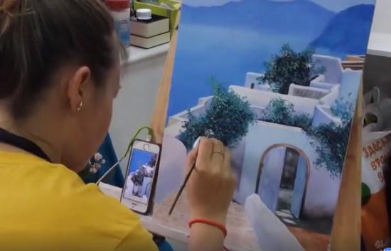 Есенинка приглашает на виртуальную выставку работ участников студии «Мой космос»