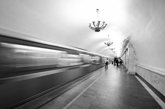 Собянин: 100% вагонов метро проходят дезинфекцию и влажную уборку