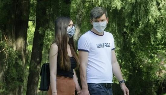 Жителям Академического района напомнили санитарные нормы при коронавирусе