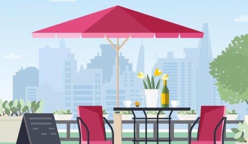 В Москве заработали более 1700 летних кафе