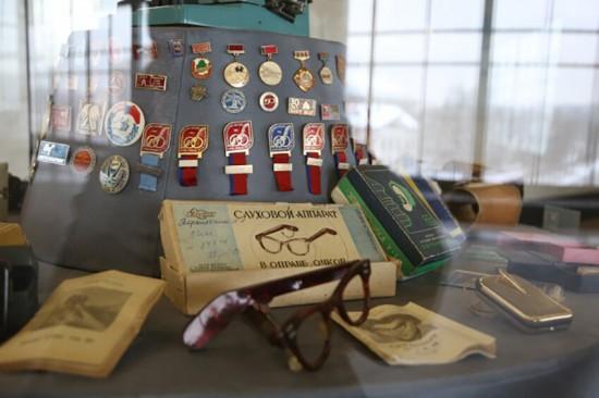 Пассажиры станции метро «Воробьевы горы» могут посетить выставку «Витрина истории»