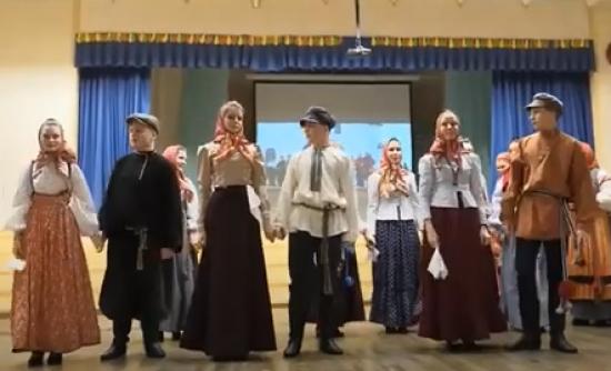В фольклорном фестивале дворца пионеров приняли участие гости из других регионов и стран