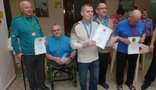 Спортсмены из Черемушек с ограниченными возможностями отличились на окружных соревнованиях по плаванию