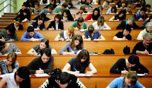 Китайское правительство готово выделить льготные места на обучение студентам Губкинского университета