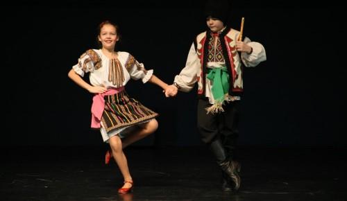 Ансамбль народного танца «ИДВЕКС» завоевал 15 наград на рождественском фестивале в Санкт-Петербурге
