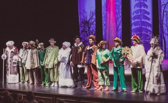 Театр под руководством Армена Джигарханяна приглашает на спектакль «Двенадцать месяцев»
