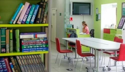 Пенсионерам могут помочь доставить на дом книги из библиотеки