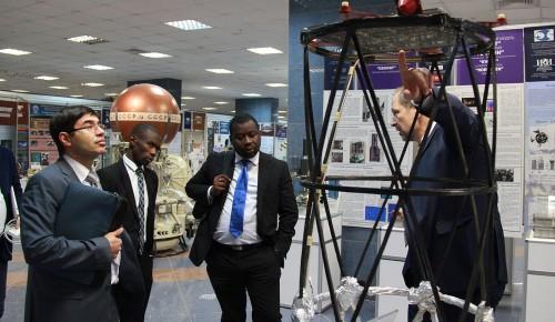 Делегация космического агентства Анголы узнала о работе ИКИ РАН