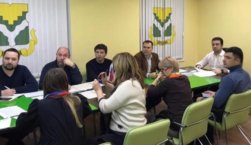 Управа и коммунальщики Котловки занимались вопросами капремонта