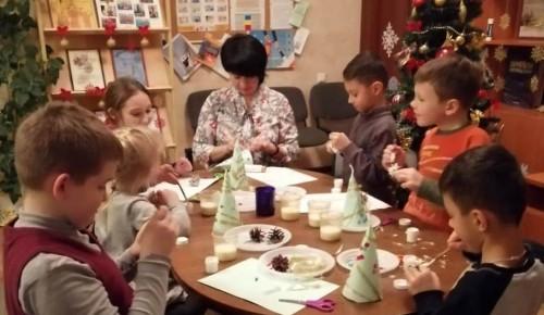 Рождественские пряники испекли юные участники мастер-класса в Котловке