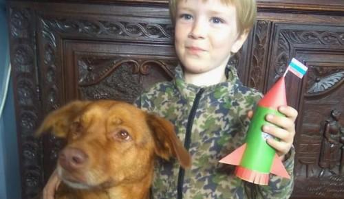 Юные мастера из школы №626 конструировали ракеты