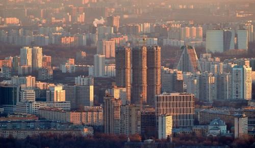 Жителям Москвы рекомендовали воздержаться от поездок
