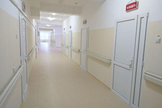 Москвичи могут посещать врачей 25 поликлиник по новым адресам