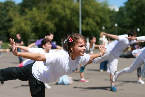 Управа Обручевского района приглашает всех на бесплатную фитнесс-зарядку