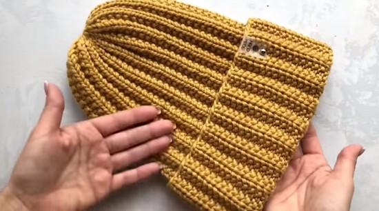 Территориальный центр «Обручевский» рассказал, как связать зимнюю шапку
