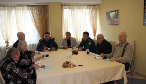 Сотрудники МЧС посетили пансионат для ветеранов «Коньково»