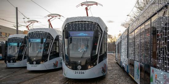В ночь с 6 на 7 января столичный транспорт будет работать дольше