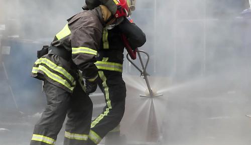 Во время пожара на рынке в Теплом Стане никто не пострадал