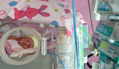 В больнице № 24 родители смогут наблюдать за новорожденными онлайн