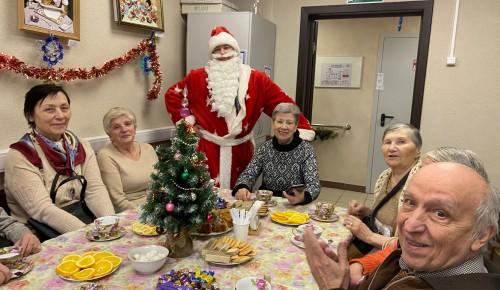 В центре социального обслуживания Теплого Стана случился «Новогодний переполох»