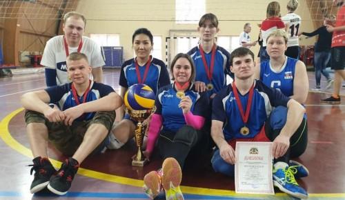 Волейболисты Теплого Стана стали чемпионами окружного турнира