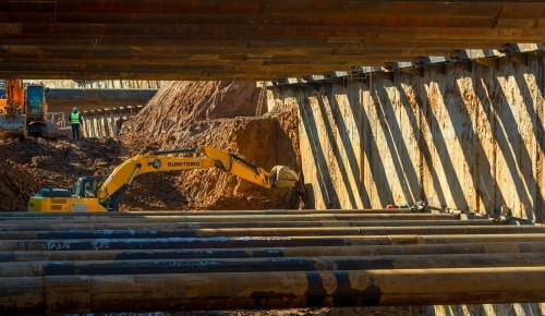 На МКАД в районе Теплого Стана началось строительство станции метро