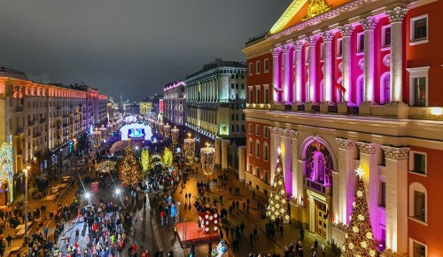 В центре Москвы ограничат движение на нескольких улицах на время проведения рождественских служб