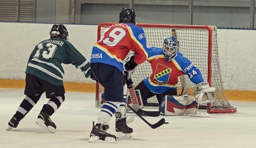 Хоккеисты Ясенева победили на окружных соревнованиях