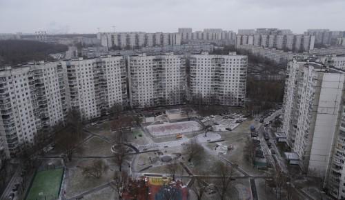 27 дворовых территорий благоустроили в Ясеневе в 2019 году