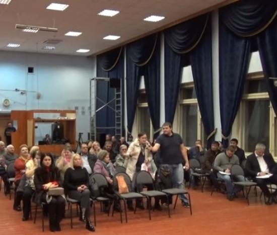 На встрече главы управы района с жителями обсудили подготовку к зиме