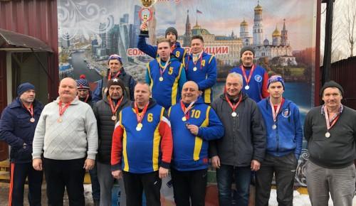 """Спортсмены """"Самбо-70"""" выиграли Кубок Москвы по городошному спорту"""