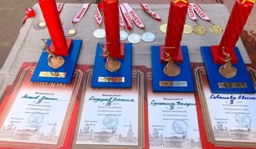 На кубке Москвы по городошному спорту спортсмены из Ясенева завоевали 15 наград из 16 возможных