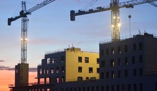 Пять жилых домов строятся в Зюзино по программе реновации
