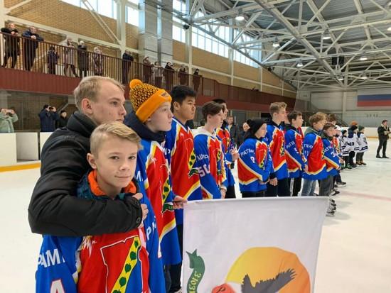 Золото и серебро отборочных соревнований по хоккею в ЮЗАО завоевали юные хоккеисты из «Ратмира»