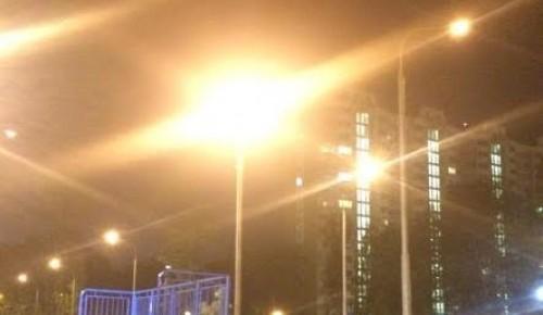 Освещение на детских площадках на Севастопольском проспекте восстановили специалисты ГУП «Моссвет»