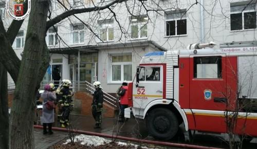 Пожар в детской поликлинике предотвратил спасатель МЧС из Зюзина в свой выходной