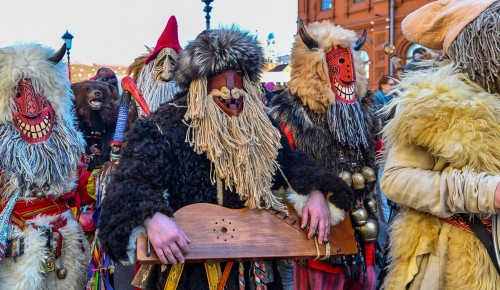 В Зюзине проводят зиму народными гуляниями 29 февраля