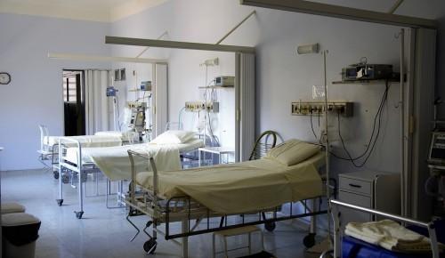 Хирурги больницы имени Виноградова спасли пациентку с запущенной грыжей