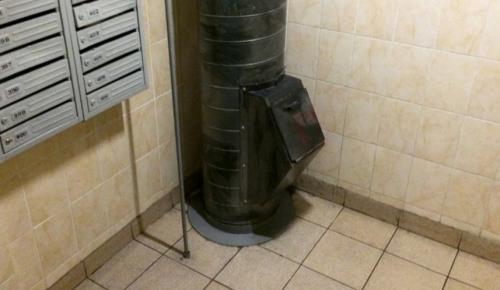 В Мосгордуме назвали преждевременным полный отказ от мусоропроводов в жилых домах