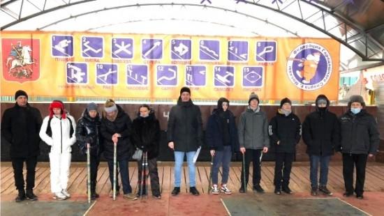 Спортсмены Академического района заняли четвертое место в соревнованиях по городошному спорту