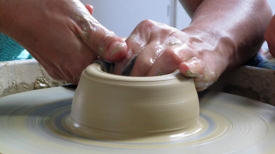 В центре «Орион» ведется запись на занятия по гончарному мастерству