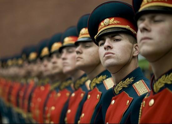 """В центре Юго-Запад состоялась акция """"Поздравление солдата"""""""