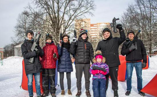 Соревнования на открытом воздухе и лазерные бои прошли в Воронцовском парке