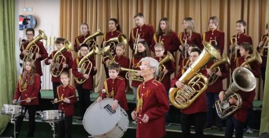 День защитника Отечества в школе № 1101 отметили праздничным концертом